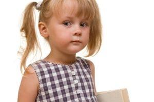 Jak pomóc dziecku podczas szkolnych początków?